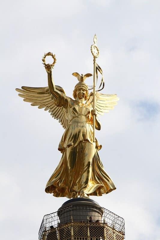 פסל של עמוד הניצחון של ברלין
