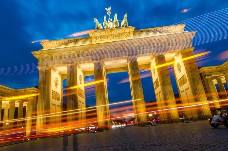 שער ברנדנבורג בלילה - מדהים