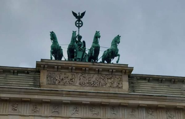 שער ברנדנבורג – שער הניצחון של ברלין