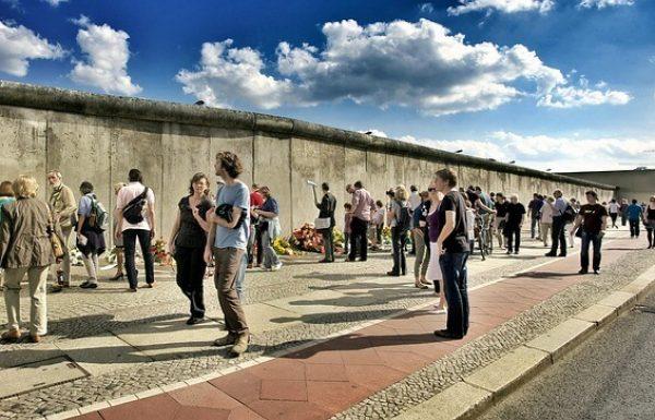 5 מקומות שחובה לראות בחומת ברלין